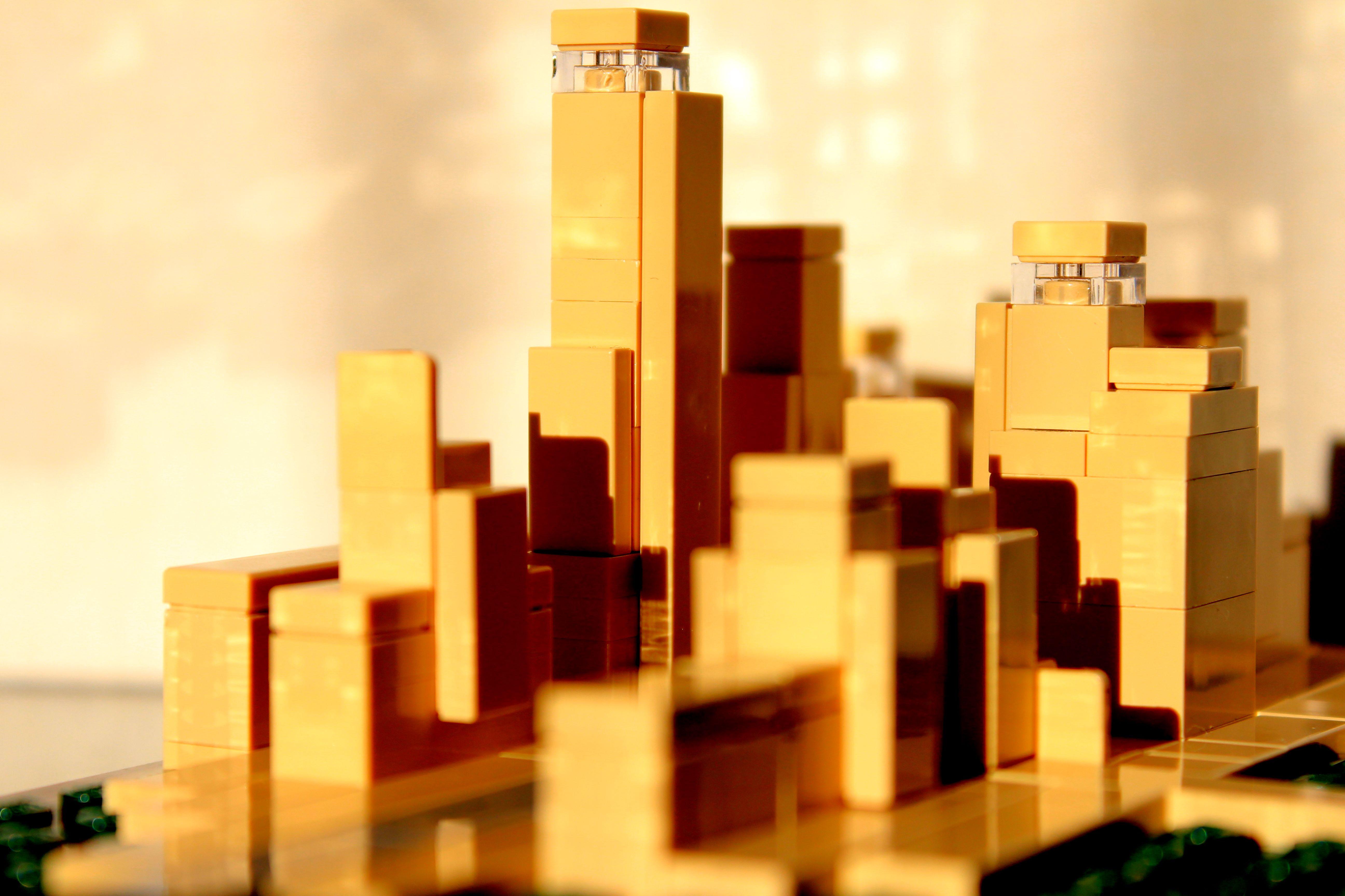 LEGO Skyline Scaping -- 3
